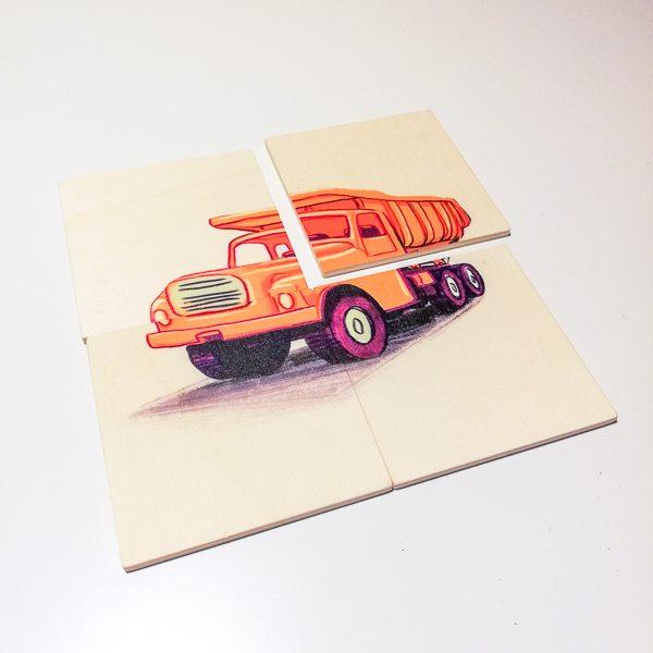Drevená skladačka a autorskou ilustráciou